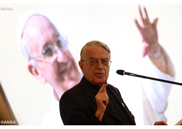 Tuyên bố của Cha Lomberdi về bệnh của ĐTC là không có