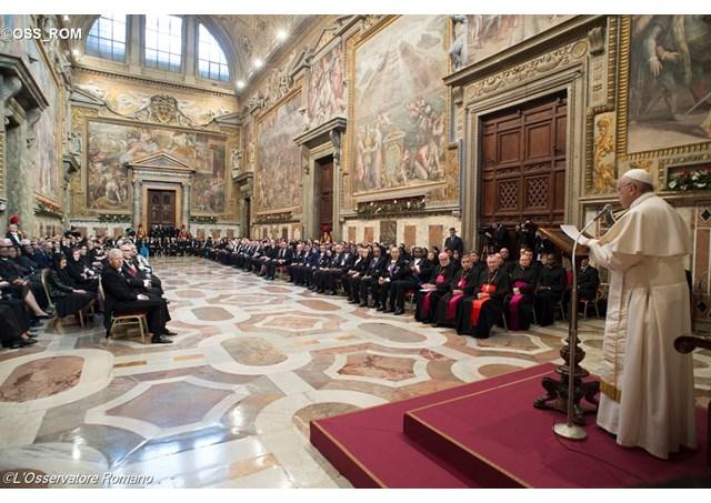 Đức Thánh Cha tiếp kiến ngoại giao đoàn cạnh Tòa Thánh