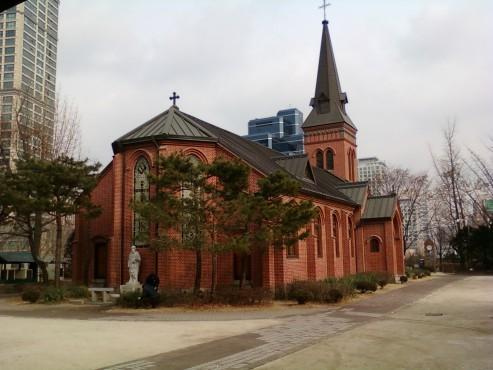 Nhà thờ Công giáo ở Yakhyeon