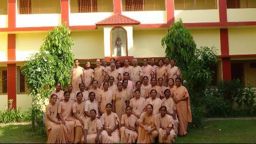 Dòng nữ tu Siervas de Maria tại Ấn Độ - Santowna Singh